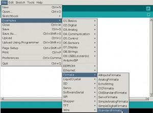 Vista del Arduino IDE para cargar el sketch StandardFirmata